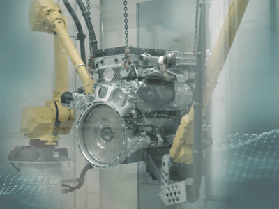 Cleaning large diesel engines with CO<sub>2</sub> pellets
